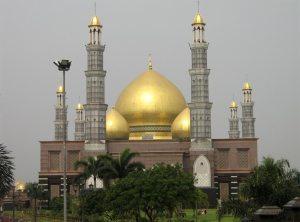 masjid_kubah_emas_depok