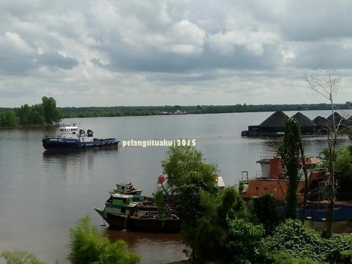 Kegagahan Jembatan Barito di KalimantanSelatan