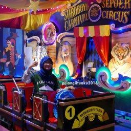 Wahana Menantang di Suroboyo Carnival