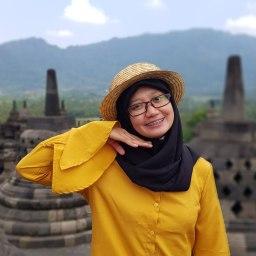 Indahnya Perbukitan di atas Candi Borobudur